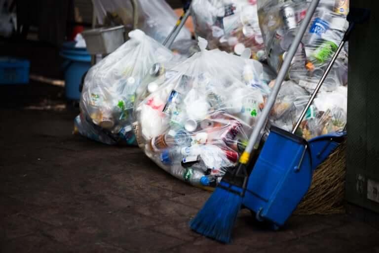 【東大阪市】2019年最初のゴミ回収日は?!家庭ごみ、分別ごみ、大型ゴミなど日程をチェックしましょう!