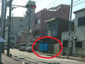 【東大阪市】高校生の男女2人が死傷、警察に追跡されていたオートバイが住宅に突っ込む事故が発生